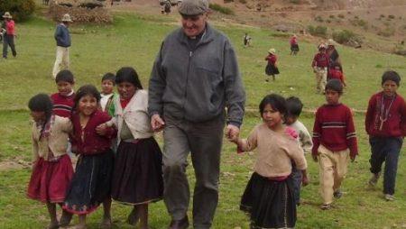 don Angelo Gelmi, il Vescovo dei poveri